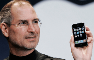 steve-jobs-original-2007-iphone-625x1000